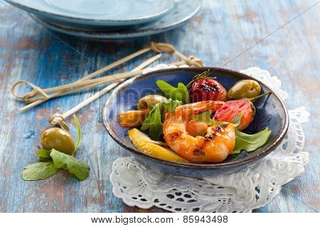 Salad With Grilled Prawns