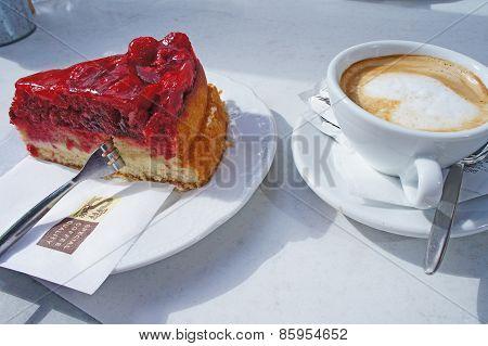 Raspberry cake and coffee