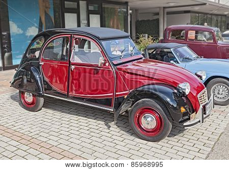Vintage French Car Citroen 2Cv Charleston