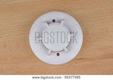 Smoke, Fire, Heat And Temperature Detector