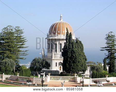 Haifa Bahai Gardens View Of The Shrine Of Bab 2003