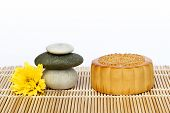 pic of mid autumn  - Mooncake and teaChinese mid autumn festival food - JPG