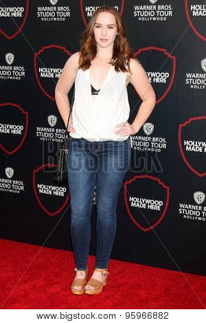 LOS ANGELES - JUL 14:  Camryn Grimes at the Warner Bros. Studio Tour Hollywood Expansion Official Unveiling, Stage 48: Script To Screen at the Warner Brothers Studio on July 14, 2015 in Burbank, CA