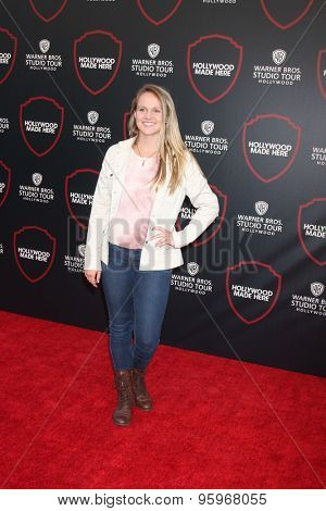 LOS ANGELES - JUL 14:  Lauren Suthers at the Warner Bros. Studio Tour Hollywood Expansion Official Unveiling, Stage 48: Script To Screen at the Warner Brothers Studio on July 14, 2015 in Burbank, CA