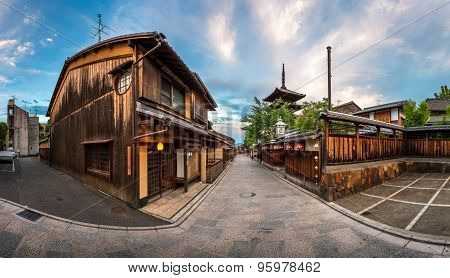 Panorama Of Yasaka Pagoda And Sannen Zaka Street In The Morning, Kyoto, Japan