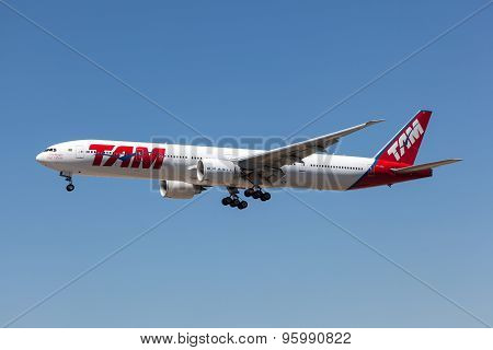 Boeing 777-300Er Of The TAM Airline