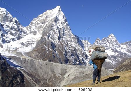 Sherpa Men Working - Himalaya