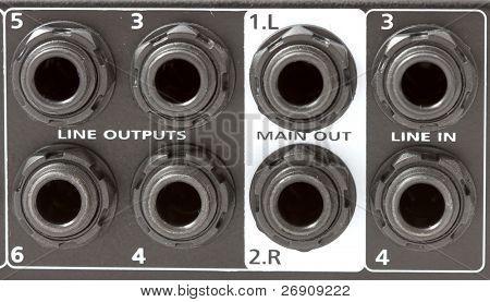 Mixer inputs and outputs