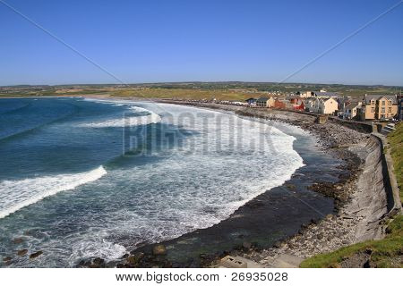 Lahinch beach scenery - Ireland