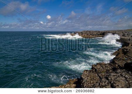 Atlantic coast in Doolin - Ireland