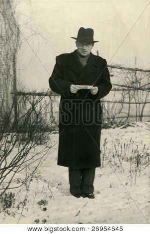 Vintage unretouched photo of man (fifties)