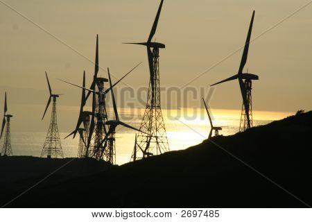 Mills Aeolian Energy