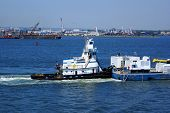 image of flatboat  - Tugboat - JPG