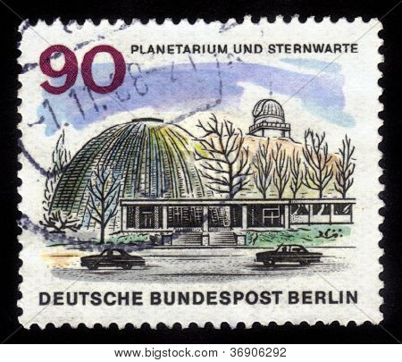 Planetarium And Observatory In Berlin