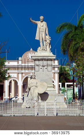 Estatua de José Martí (build 1906), Cienfuegos, Cuba