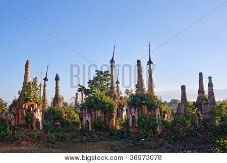 Inn Thein Paya (Indein), Burma