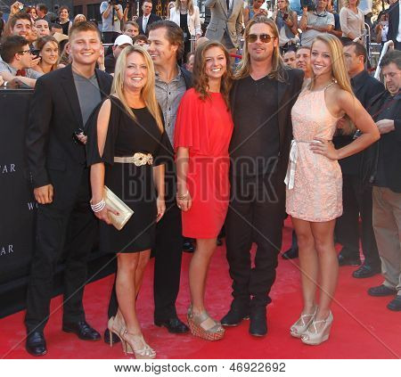 NEW YORK-JUNE 17: Actor Brad Pitt (second from right) and Doug Pitt (third from left) attend the premiere of