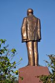 image of communist symbol  - The statue of  Ho Chi Minh  - JPG