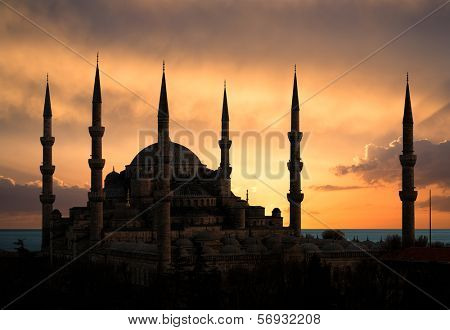 Blue mosque during sunset, Istanbul, Turkey