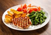 picture of baked potato  - Grilled steaks - JPG