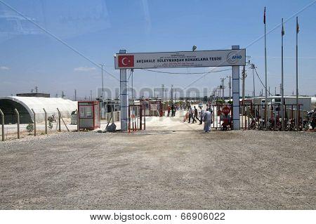 People Enter The Akcakale Syrian  Refugee Camp