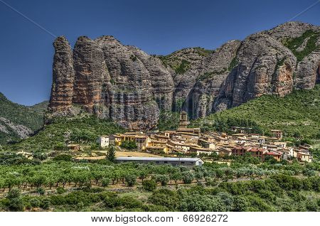 Village Under The Rocks