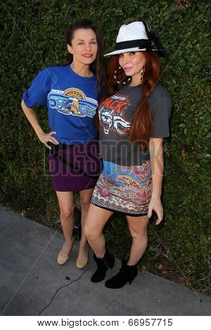 LOS ANGELES - JUN 18:  Alicia Arden, Phoebe Price at the Private LA Football League Summer Kickoff featuring LA Football League T-Shirts at the Private Location on June 18, 2014 in Los Angeles, CA
