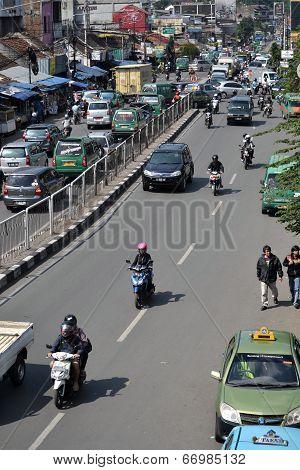 busy traffic in bandung