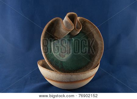 Decorative Earthy Curved Bowls
