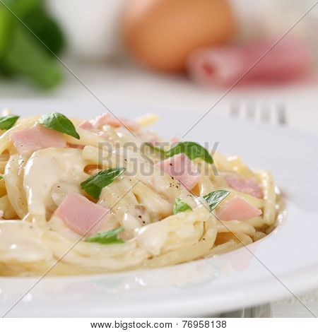 Spaghetti Carbonara Noodles Pasta Meal With Ham