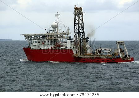 marine tug on the background of the sea