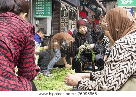 Women Were Preparing A Vegetables For The Restaurant