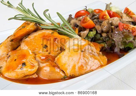 Chicken with mushrooms and vegetables