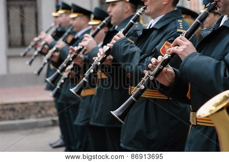 military orchestra fife