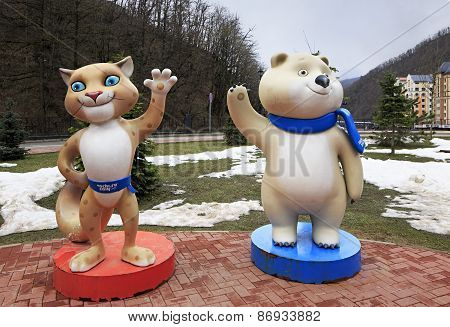 Leopard and Polar bear - 2014 Winter Olympic Games mascots