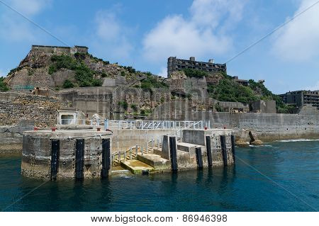 Dolphon Pier Of Gunkanjima (hashima)