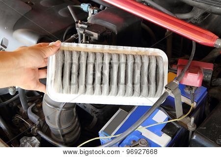 remove air filter of car