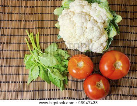 Cauliflower, Tomato, Basil