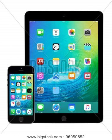 Apple Ipad Air 2 And Iphone 5S With Ios 9 On The Displays