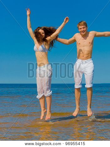 Jumping Honeymoon In Joy