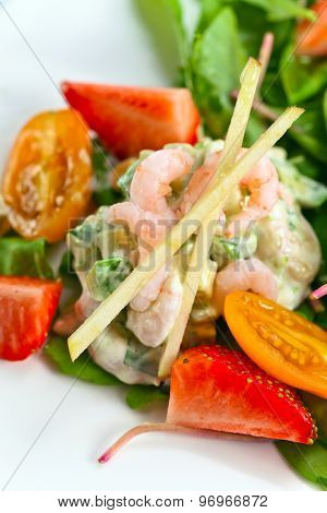 Salad With Shrimps And Egg
