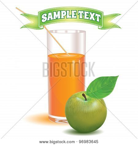 glass for juice from the ripe green apple