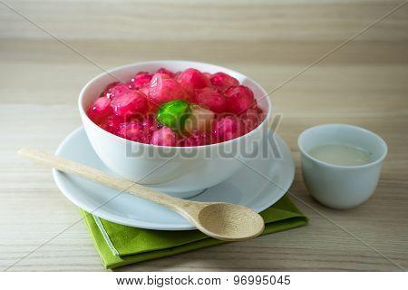 Crisp Pomegranate Seeds Is Thai Sweetmeat