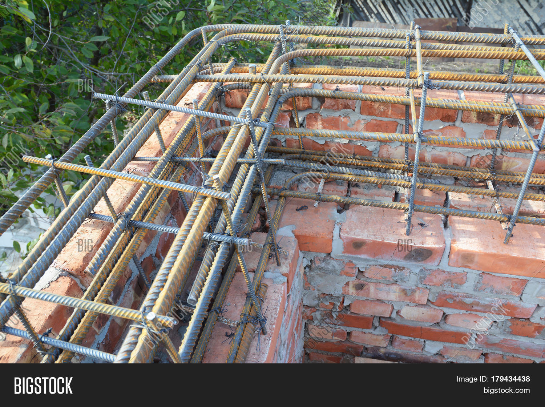 Corner rebar steel bars reinforcement concrete bars with for Brick house construction