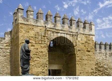 Puerta De Almodovar