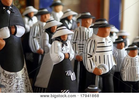 handcraft figurines balearic islands payes traditional clay art