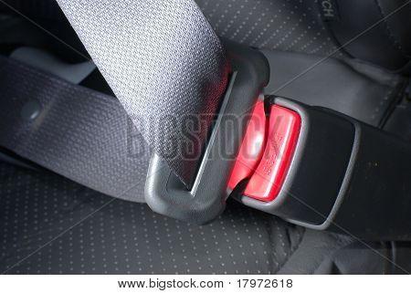 Lock car seatbelt
