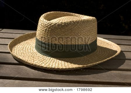 Straw Hat 002