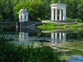 image of ekaterinburg  - rotunda on the pond - JPG