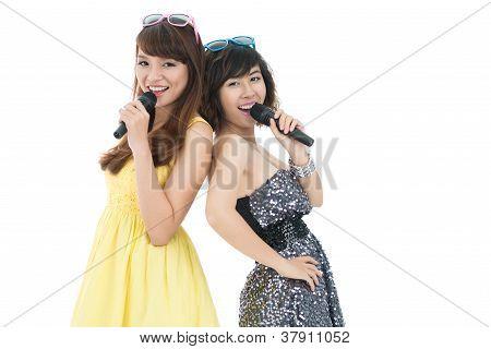 Elegant Singers